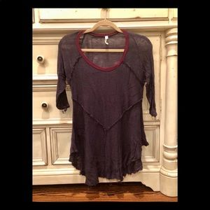 Maroon / purple light-weight, 3/4 sleeve